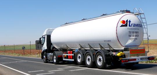 Transporte de líquidos alimentarios por carretera . Travesa